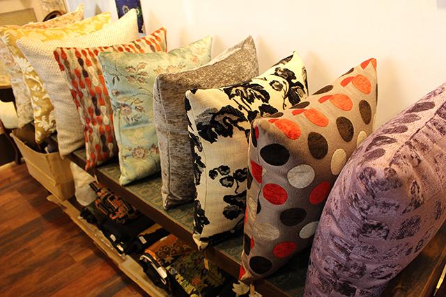 Nishijin cushion