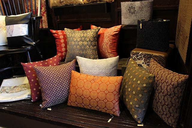 Yurin creates home accessories